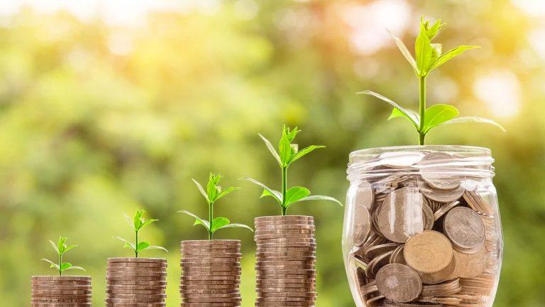 Multicrédito: un riesgoso truco financiero con fecha de expiración