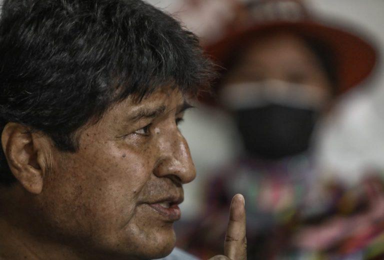 """Evo afianza su acercamiento con el Pdte. del Perú y le entrega el proyecto """"América Plurinacional"""""""