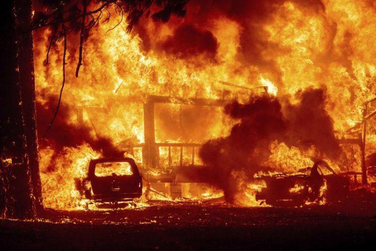 Cambio Climático desatado: Incendio que lleva 3 semanas  arrasa Greenville en el norte de California