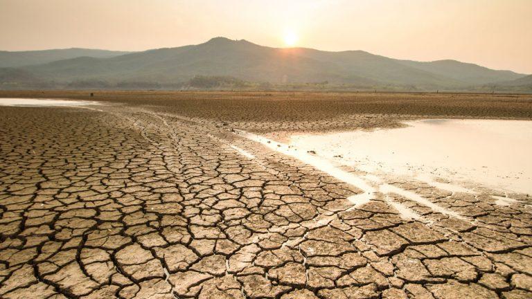 Con soluciones, iniciativas y diálogos para revertir grave sequía nacional se lanzó la Expo Agua Santiago