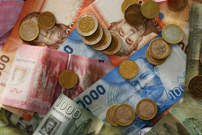 Sueldo promedio en Chile fue de $635.134 durante 2020, según encuesta del INE