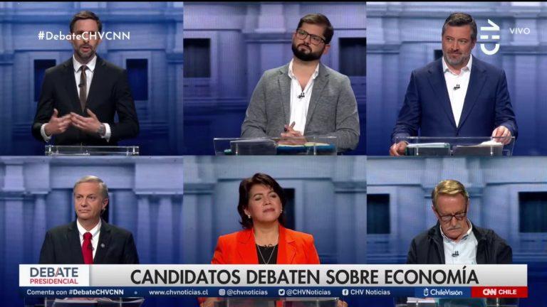 5 de los 7 candidatos presidenciales se enfrentaron en un tibio primer debate