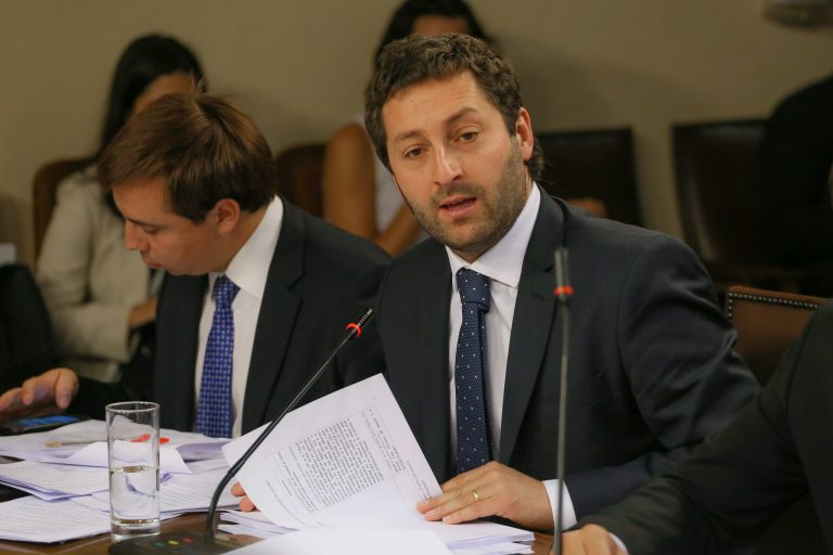 """Diputado Coloma señaló que """"esperaría que nadie y ningún partido tenga una doble mirada"""" ante la investigación y combate a la corrupción"""