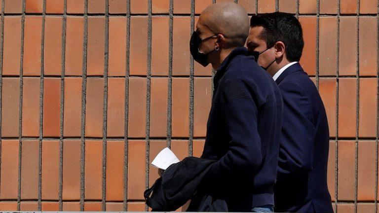Rojas Vade declara ante la PDI en el marco de la investigación en su contra