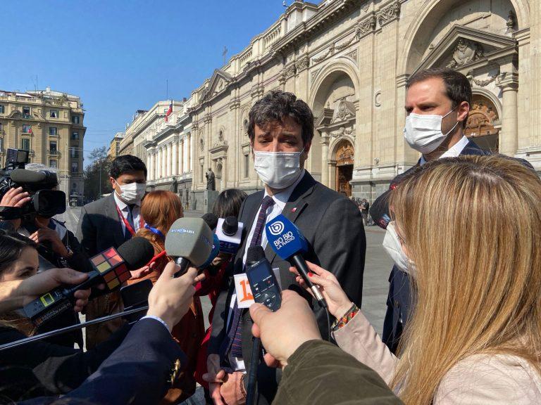 Ossa insiste en que el Gobierno tiene los votos para rechazar el 4to retiro
