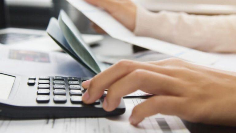 """Experto en cobranzas explica el rol del """"pago mínimo"""" en los bajos niveles de morosidad"""