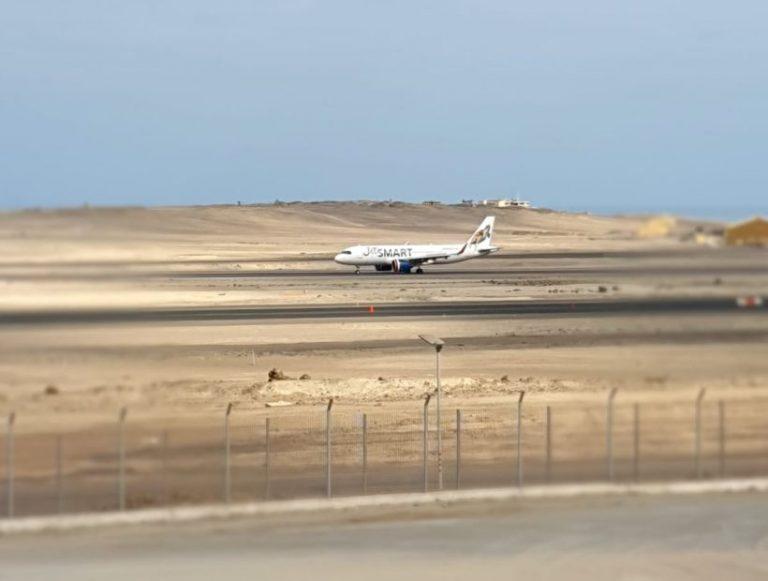 Tras emergencia de avión JetSmart, éste aterriza sin problemas en Iquique