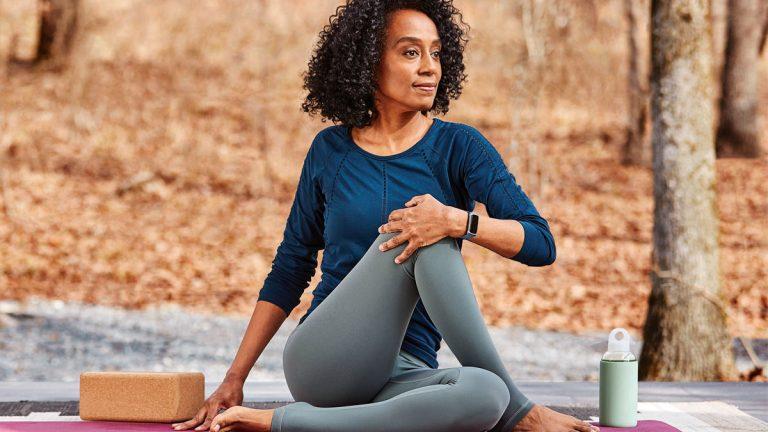 Fitbit te comparte estas 4 prácticas de cuidado personal con las que tendrás una mejor salud, felicidad y bienestar