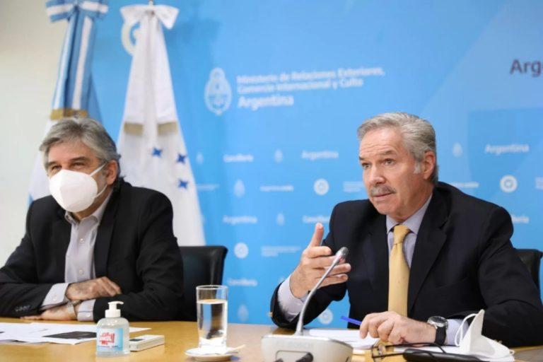 Canciller Solá y secretario de Malvinas/Falkland, Antártida y Atlántico Sur expondrán en el Senado posición argentina por límites con Chile