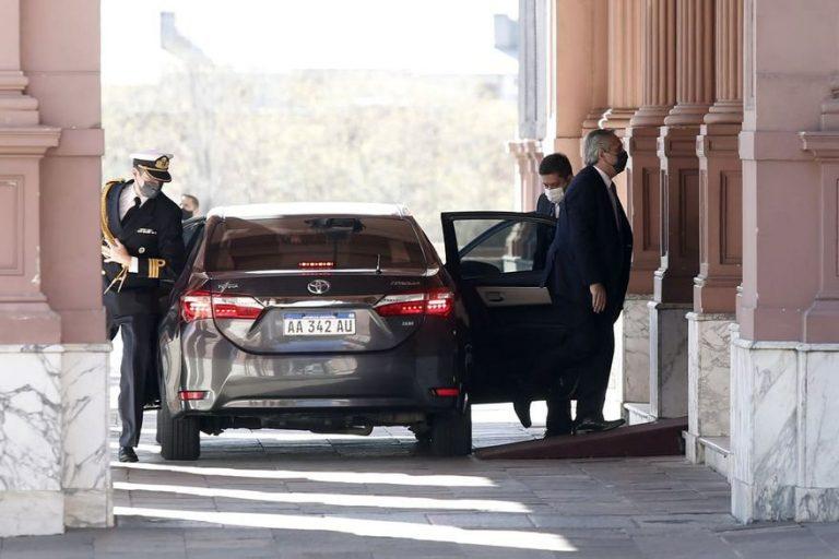 """Tambalean """"Los Fernández"""": Tras derrota de las PASO renuncian 5 ministros clave y llamaron a reunión de urgencia a los ministros sobrevivientes"""