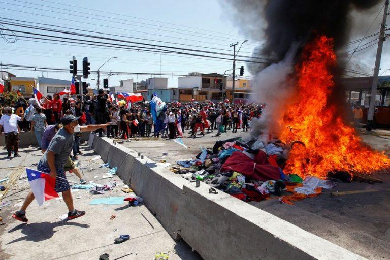 Galli condena violencia en Iquique y critica rol de Gobernador por crisis migratoria