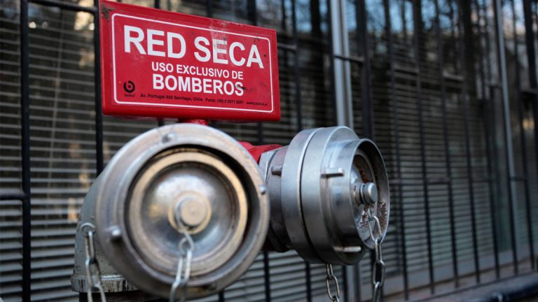 LobbyControl mejorará la seguridad de 700 familias en Providencia con su innovador sistema de asistencia a bomberos