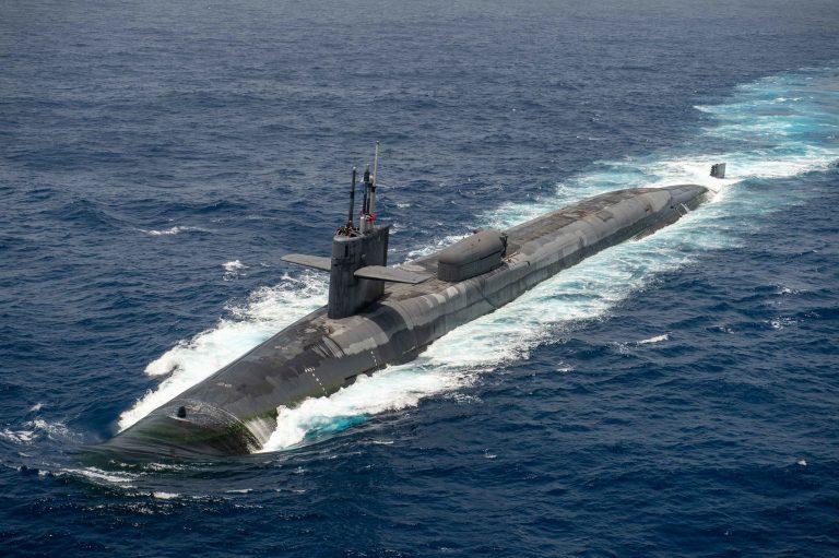 FBI detiene a matrimonio vinculado a la US Navy que intentaba vender secretos militares de submarinos nucleares de EEUU