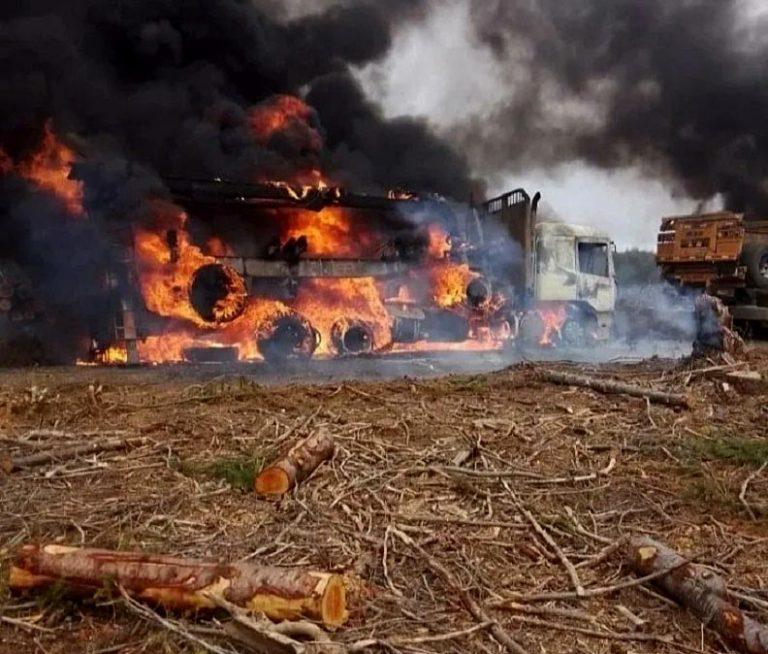 Carahue: Grupo Weychan Auka Mapu se adjudica quema de camiones y casas