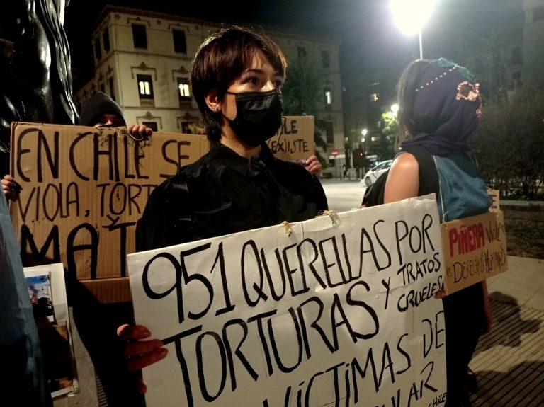 18-O: En Granada, España, chilenos y latinoamericanos se manifiestan por Chile