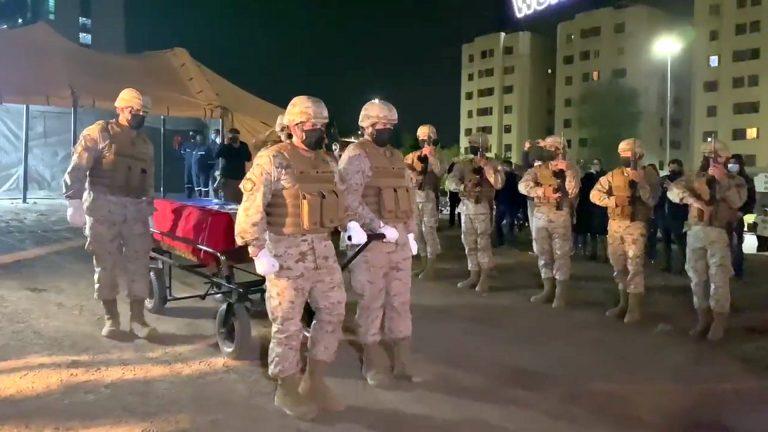 El triste final del Soldado Desconocido: En un acto poco digno el Ejército lo saca en la oscuridad de la noche