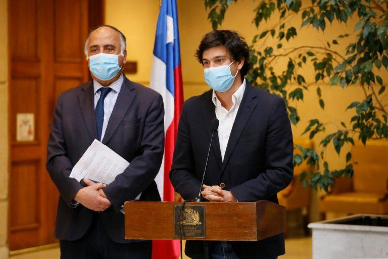 """Diputados RN insisten en que oposición retire proyecto de indulto y """"demuestren que condenan la violencia"""""""