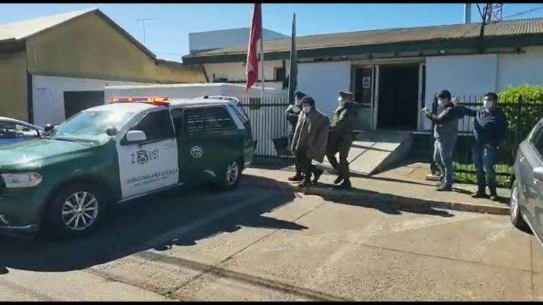 Hijos de Víctor Ancalaf fueron detenidos por su presunta participación en asesinato de sargento de Carabineros