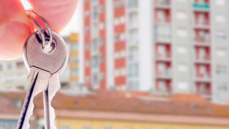 Cuatro factores que influyen en el alza histórica del precio de las viviendas
