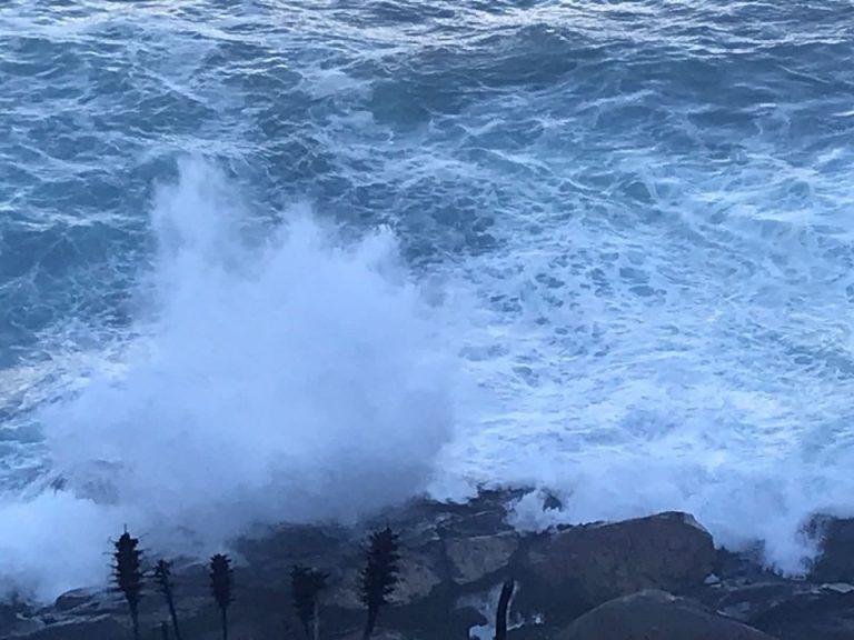 Armada advierte de marejadas desde el Golfo de Penas hasta Arica y Archipiélago Juan Fernández