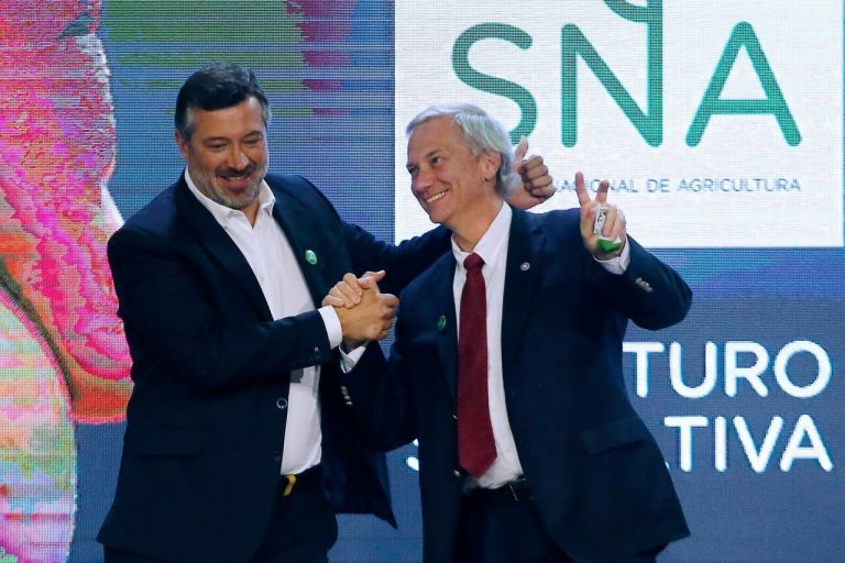 """Sichel busca atraer votos de Kast poniendo en duda su capacidad de gobernar """"sólo con proyectos personales"""""""