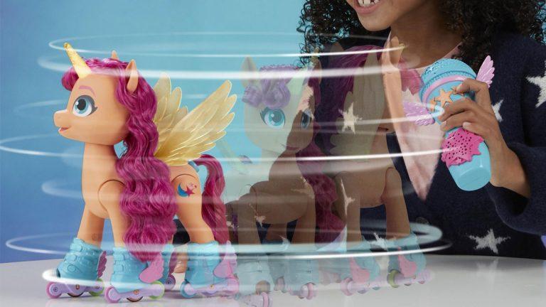 Pony que canta y patina es la nueva atracción de Netflix y Hasbro